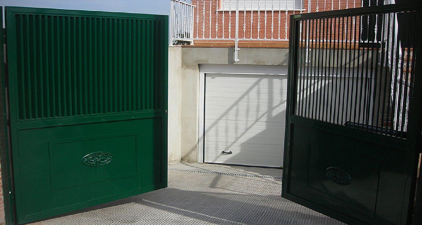 Instalaci n reparaci n y mantenimiento de puertas de garaje for Puertas automaticas garaje