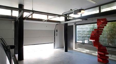 Instalaci n reparaci n y mantenimiento de puertas de garaje for Porte de garage sectionnelle 3 5 m