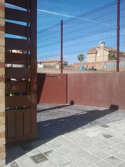 Puerta corredera en Alcala