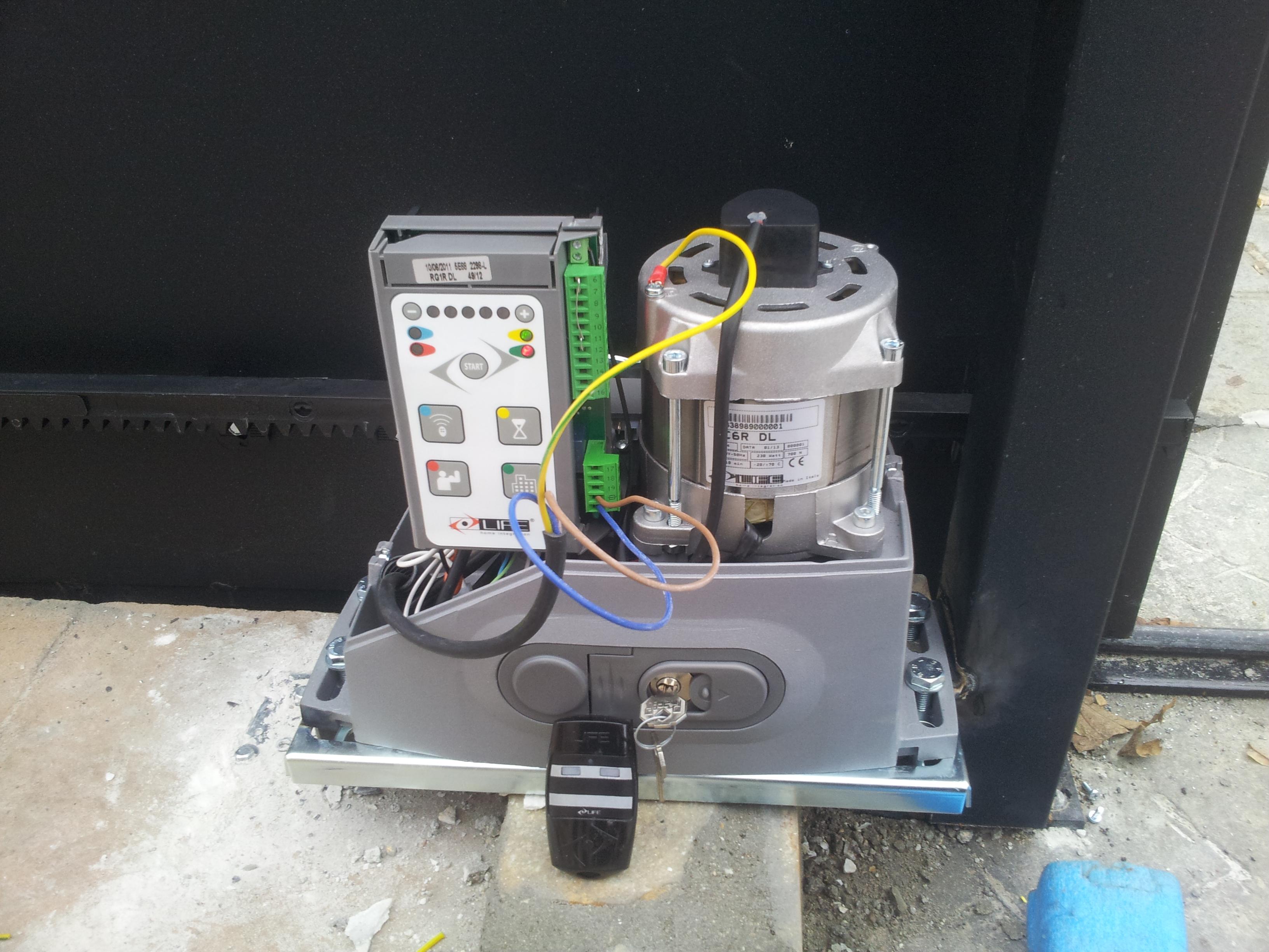 motor de corredera instalado