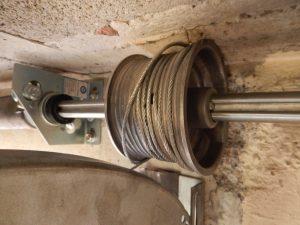 El muelle de la puerta seccional