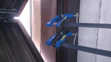 Poner en normativa la puerta del garaje autom tica puertas autom ticas servidoors - Puerta garaje abatible ...