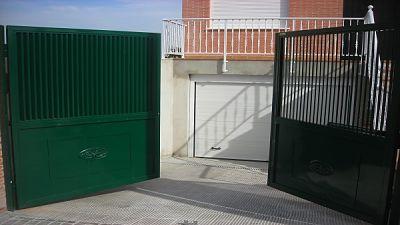 Puertas de garaje automáticas en Guadalajara España