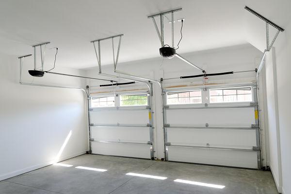 Instalaci n de puertas de garaje en guadalajara puertas - Automatismos para puertas de garaje ...