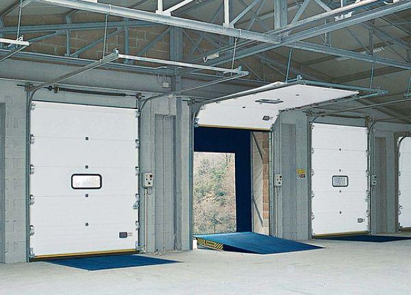 Tomar la decisi n de cambiar la puerta del garaje for Modelos de garajes